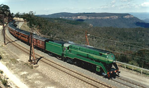 3801 passes Mt Boyce near Blackheath